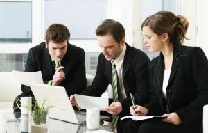 Обслуживание организаций различных форм собственности